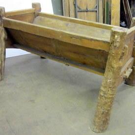 Large Wooden Trough On Legs 81cm High 148cm Long 96cm Wi Gde