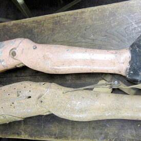 Vintage Prosthetic Legs 73cm And 96cm Long