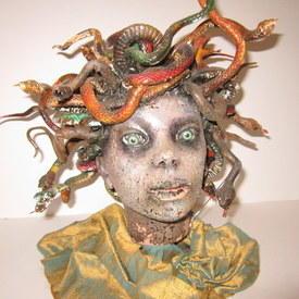 Medusa Head 40cm High