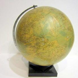 Globe On Stand 40cm high