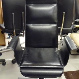 Mariani Wing Black Hide Executive Chair