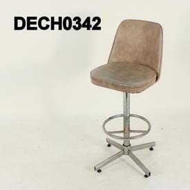 Tall Beige Vinyl /Brushed Ali 50'S Operator'S Chair