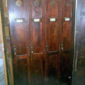Dk Oak Repro 4 Door Locker