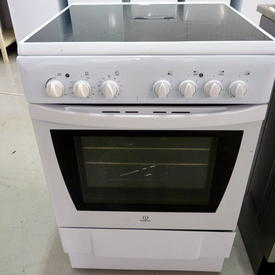 indesit White Ceramic Electric Cooker