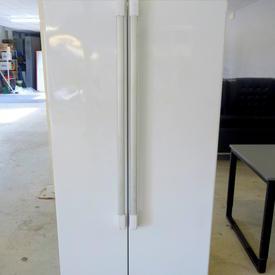 White Hotpoint Side By Side Backless Fridge Freezer