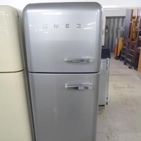 170Cm X 60Cm X 67Cm Silver Smeg Fridge/Freezer