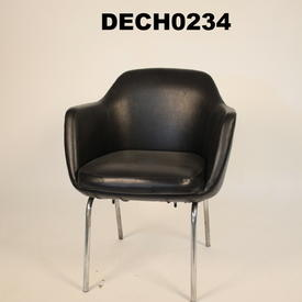 Black Vinyl Metal Leg Tub Rotate Desk Chair