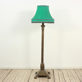 Brass 5' Victorian Style Standard Lamp With Claw Feet