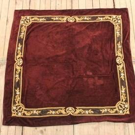 Claret Coloured Crushed Velvet Throw With Gold Border (Y)