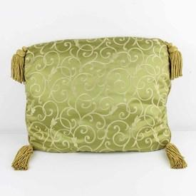 "20""  x  15"" Gold / Green Damask Patt Cushion with Gold Tassle"