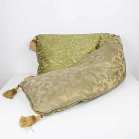 "7'3"" Gold & Green Damask Patt Bolster/Cushion With Gold Tassels (Y)"