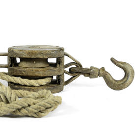 Wooden Pulley Block And Rope
