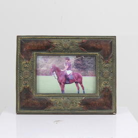 23cm X 18cm Red Leather Effect And Gilt Decor Photo Frame  (Y)