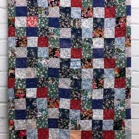 "Patchwork Bed Cover 7'3"" x 9' Royal Small Florals Squares / Border"