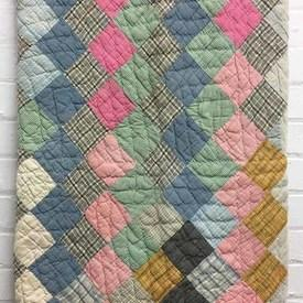American Patchwork 5' x 5' Mint / Blue Diamonds Quilted
