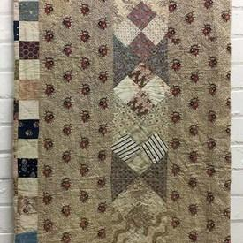 "American Patchwork 7'1"" x 7'8"" Beige / Muted Tiny Florals Geo Stripe"