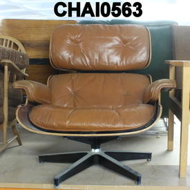 Aged Tan Leather/Rosewood Eames Lounge Chair