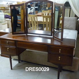 Meredew Mahogany 5 Drawer Teardrop Handle Dressing  Table