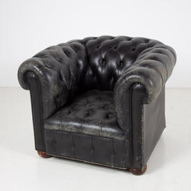 Black Buttoned  Leather Chesterfield Armchair