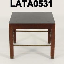 18X18 Black Top Mid Oak Brass Rail Occ Table Base