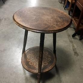 "14"" Dia 3 Leg 2 Tier Pattern Distressed Wooden Lamp Table"