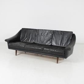 Black Vinyl 50'S 3 Seat Wood Leg Grog Settee