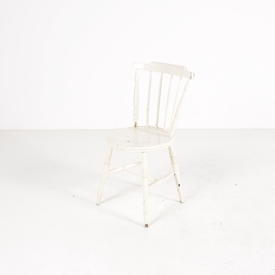 Cream Spindle Back Circ Seat Turned Leg Kitchen Chairs