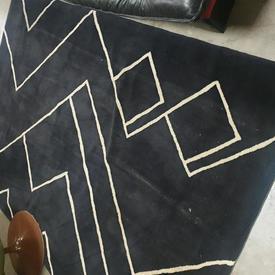 260Cm X 180Cm Black & White Diagonal Patt Wool Rug