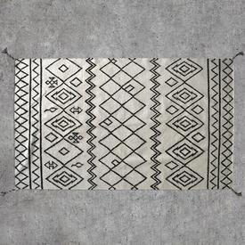 230Cm X 170Cm Black & White Diamond Patt 'Montezuma' Rug