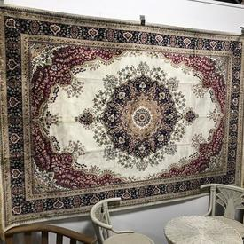 290Cm X 200Cm Fringed Off White/ Red Trad Patt Silk Zrabi Rug