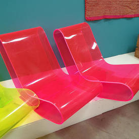 Pink Perspex Lcp Chair / Chaise