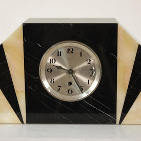 Black & Cream Marble 1930S Mantle Clock