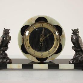 Blk & Cream Marble Deco Style Mantle Clock with Spleter Bird Figures