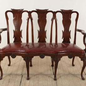 Mahogany Queen Anne Style Bench with Leather Seat