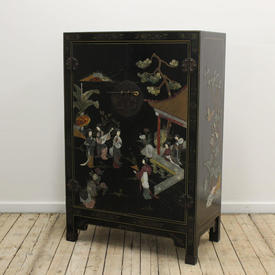 2'3  x  3'5 Black Lacquer Oriental 2 Door Cabinet with Oriental Figures