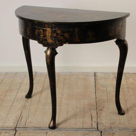 Black & Gold Lacquered Chinese Semi Circular Console Table