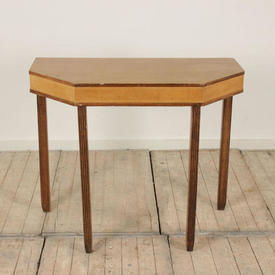 3' Maple Shaped Top Console Table with Square Reed Legs