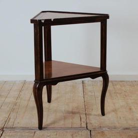 Mahogany & Rosewood Edged Triangular 2-Tier Lamp Table  (H73Cm  x  W56Cm  x  D49Cm)