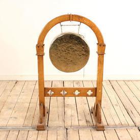 Light Oak Gothic Style Gong