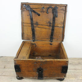 """18""""  x  15"""" Oak & Metal Chest with Black Handle"""