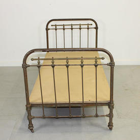 "6'3""  x  3' Brass Victorian Style Dorm Bed with Irons"