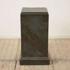 "2'8"" Bronze Effect Square Pedestal (H81Cm)"