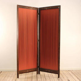 """6'6"""" Mahogany 2-Fold Screen with Red Pleated Fabric insert"""