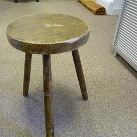 Painted Wooden Circular Seat 3 Leg Kitchen Stool