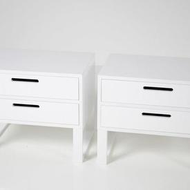 60Cm X 40 White High Gloss 2 Drawer Cut Out Handle Skid Base Bedside Cabinets