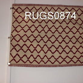 198Cm X 154Cm Red And Cream Diamond Zig Zag Pattern Kilim