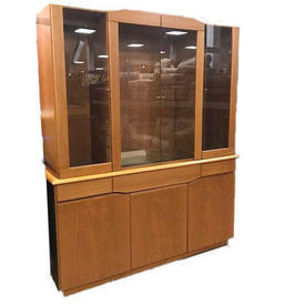6' X 5' Bedford Cherrywood 4 Glass Door, 3 Draw, 3 Door Base