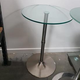 60Cm Circ Glass Top Chrome Trumpet Base Poser Table