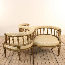 Gilt Conversation Seat Upholstered in Off White Damask