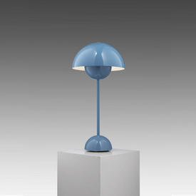 Light Blue Metal ''Flowerpot'' Table Lamp